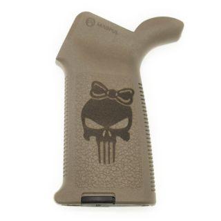 AR-15/M4 Magpul MOE Grip - Punisher Girl - Flat Dark Earth